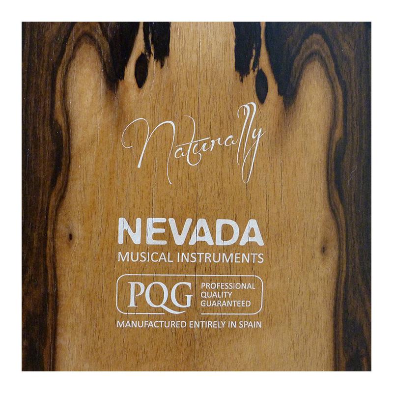 Impresión en la tapa trasera del cajon flamenco Naturallt. PQG - Professional quality guarateed, Nevada musical instruments
