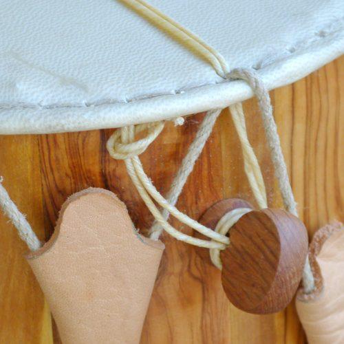detalle de tamboril de flaviol macizo